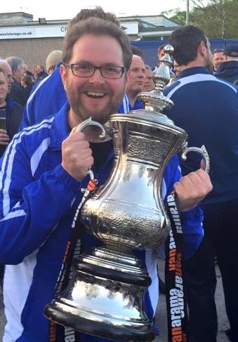 nik-guiseley-playoff-trophy
